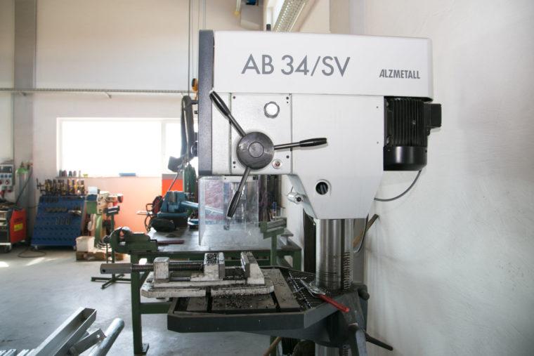 Schlosserei Avci, Graben - Maschine